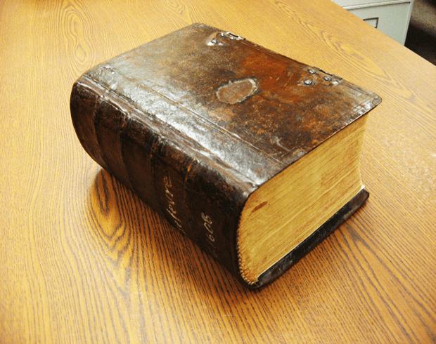 Image of the LeFevre Bible.